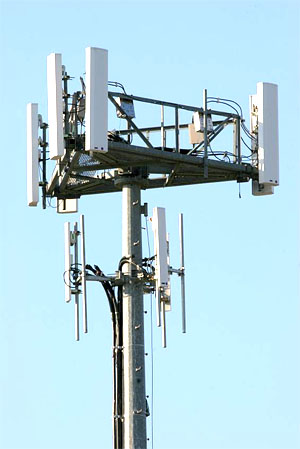 cell-phone-tower