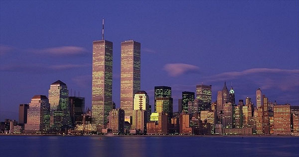New york skyline with twin towers world trade center