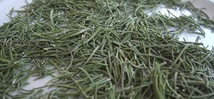 dried-rosemary-leaves