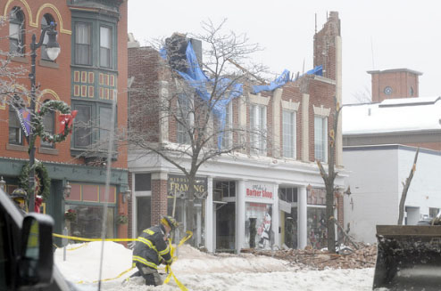 roof-collapse-downtown-middletown-ct