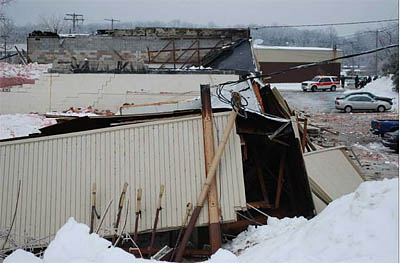 roof-collapse-milford-ct-manufacturing-building