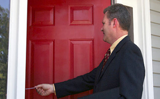 What to do when someone, a stranger, knocks on your door