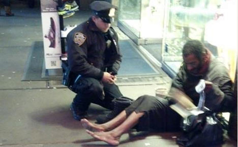 nypd-officer-lawrence-deprimo-buys-boots-for-homeless-man