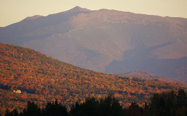 fall-foliage-in-new-hampshire