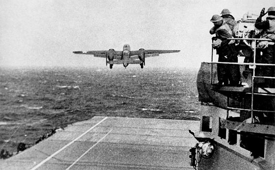 doolittle-raider-b25-taking-off-from-uss-hornet
