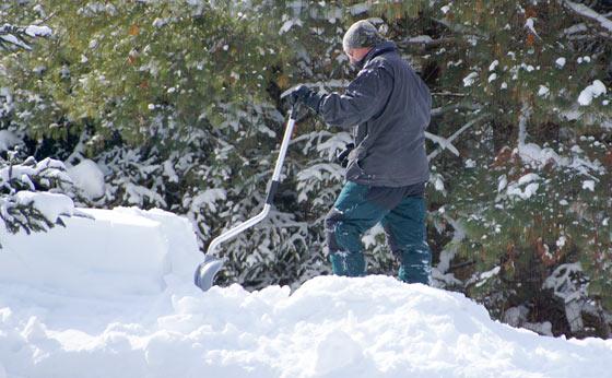 taking-a-shoveling-break
