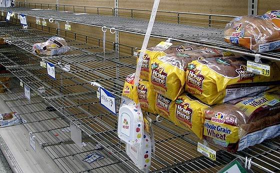 empty-bread-shelves
