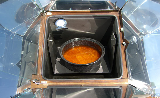 cooking-beans-in-solar-oven