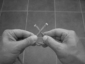 how-to-tie-a-square-knot-step-5