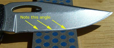 knife-sharpening-angle