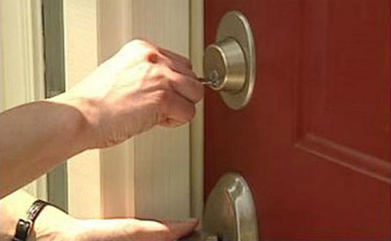 3 Ways A Burglar Breaks In, 80 Percent Of The Time