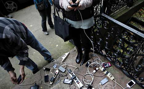 smartphone-communications-during-power-outage