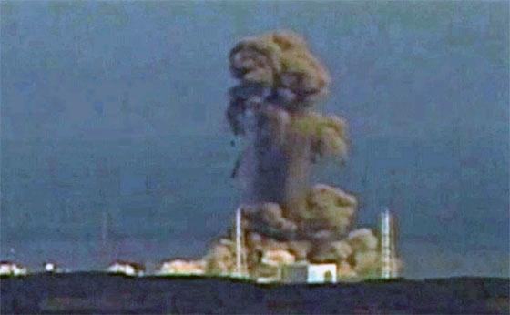 fukushima-nuclear-plant-unfolding-human-disaster