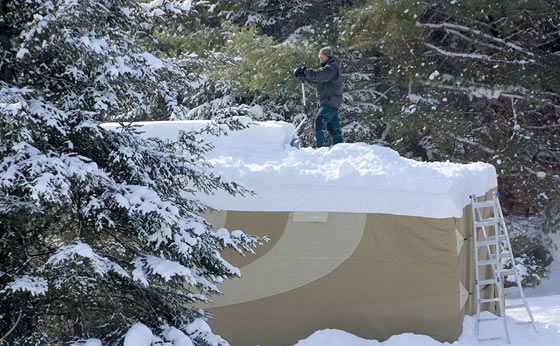 The Snow On Your Roof Weighs 7 To 20 Pounds Per Cubic Foot