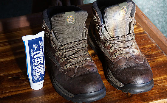 Sno Seal Original Beeswax Best Waterproofing For Boots