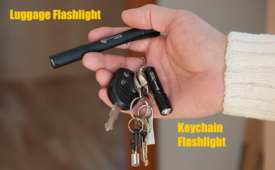 luggage-keychain-flashlight