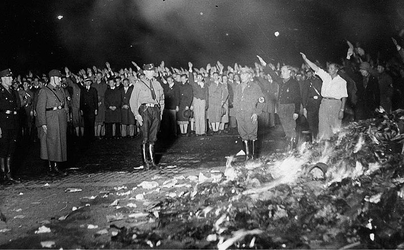 Hitler's book burnings similar to Big Tech suppression of non-conforming voices.