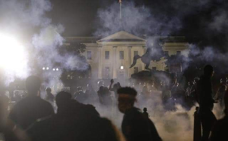 Antifa rioting near White House